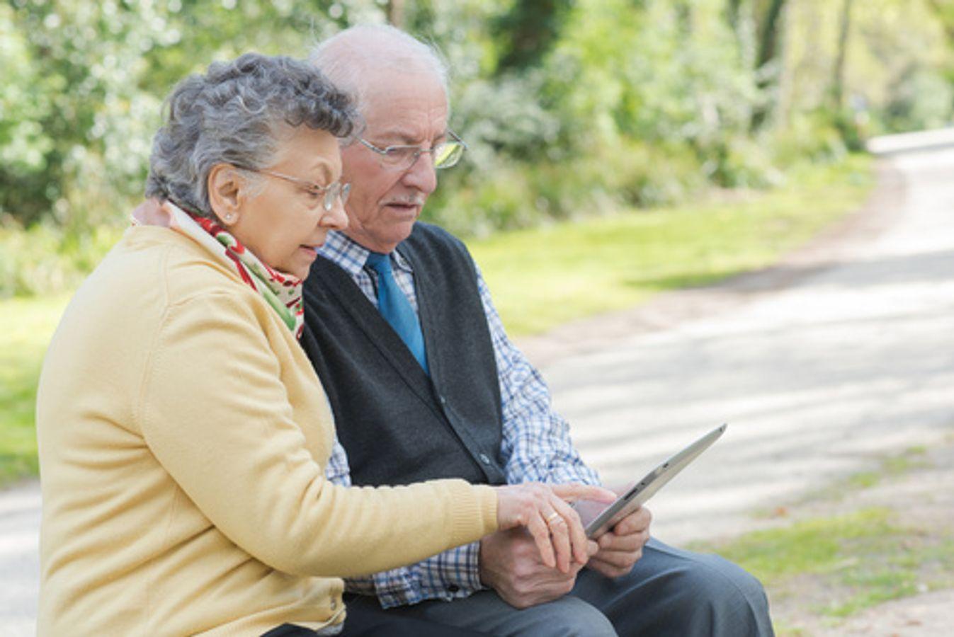 """Colloque - Loi ASV - Table ronde 3 """"Évaluation multidimensionnelle de la situation et des besoins de la personne âgée et de ses proches aidants"""""""