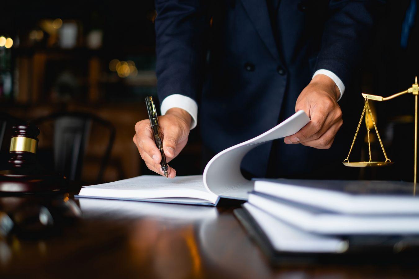 Modalités de rédaction d'un règlement de voirie : découvrez les aspects juridiques