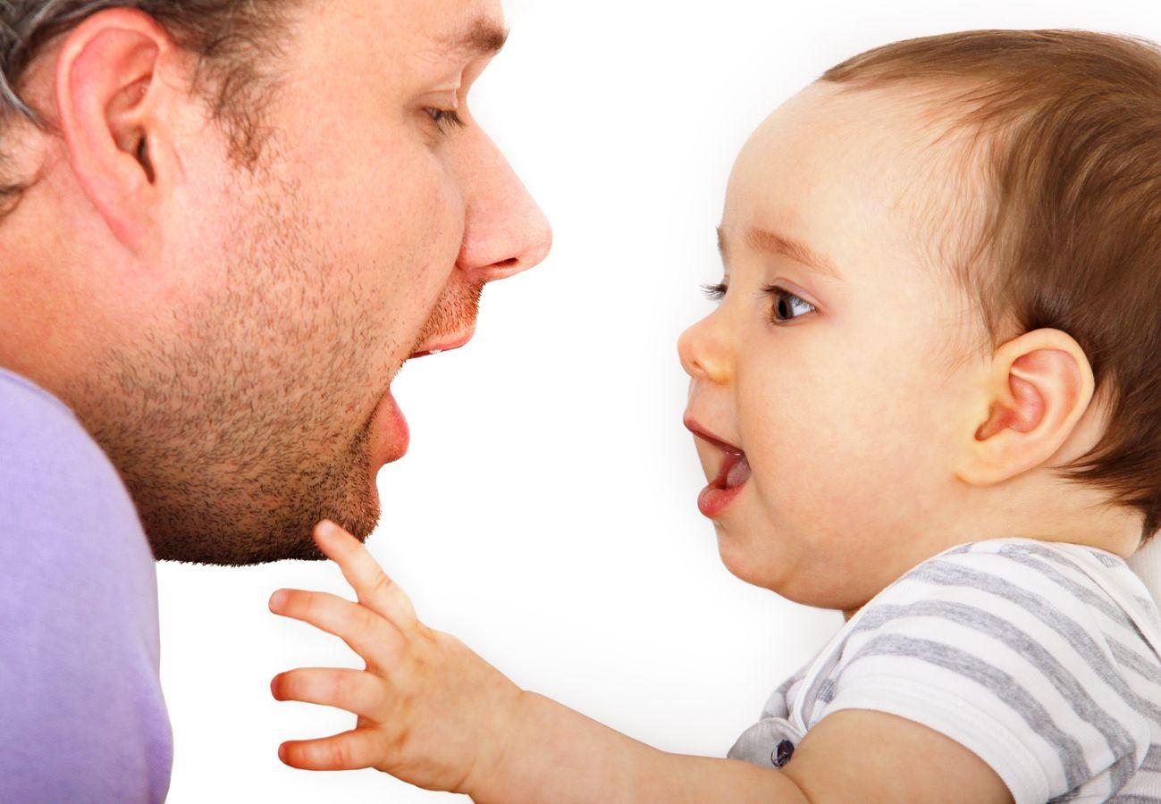 Les enjeux et limites du programme Parler Bambin. Pour un autre paradigme de l'éveil au langage.