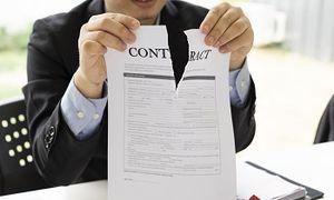 Les licenciements des contractuels dans l'intérêt du service :  des licenciements des contractuels pour  modifications des besoins du service à la priorité donnée aux titulaires